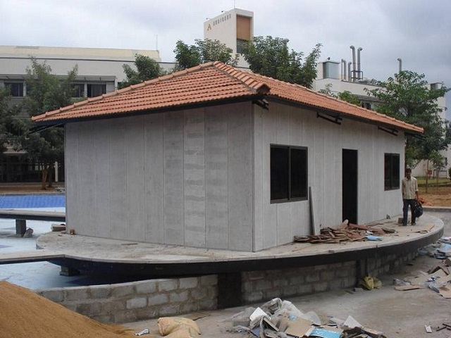 Fast Assembly Mountain Resorts Building Prefabricated House Eps Cement Sandwich Panel House